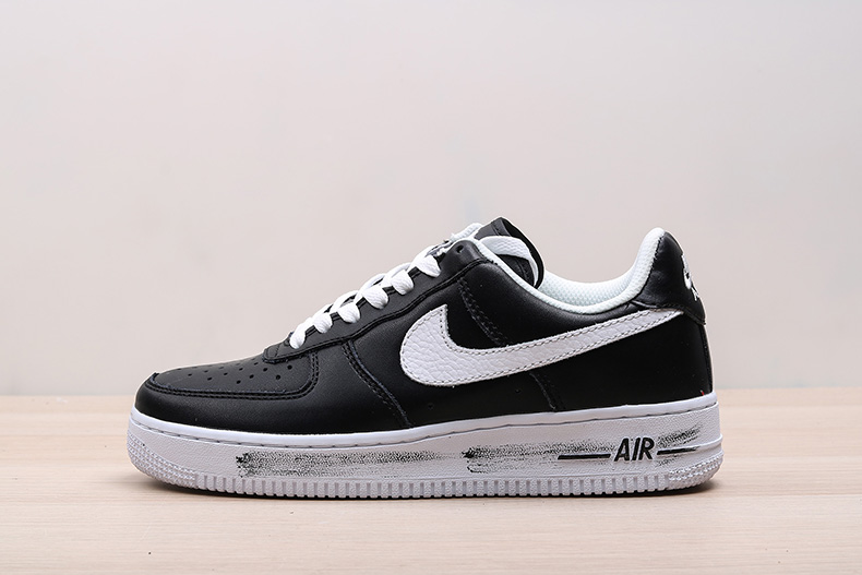 EACEMINUSONE x Nike Air Force 1 权志龙GD 联名空军鞋款 AQ3692-001